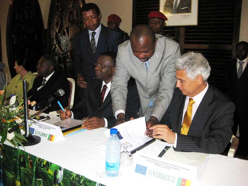 EU and cameroon sign Voluntary Partnership Agreement